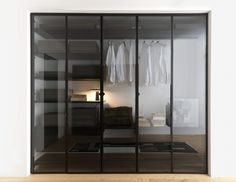 Interdema is the new vertical Interior Design portal dedicated to manufacturers, designers and distributors of the furniture, lighting and décor sectors. Wardrobe Room, Wardrobe Design Bedroom, Closet Bedroom, Home Bedroom, Home Decor Furniture, Furniture Design, Garderobe Design, Creative Closets, Dressing Room Design