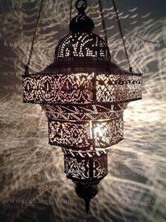 Antique Moroccan lantern - Maroc Désert Expérience tours http://www.marocdesertexperience