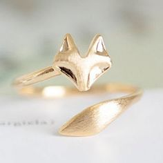 Some of the Best Jewelry Gifts For Animal Lovers - Foxy Ring