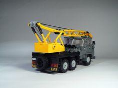Star660.005 | My Star got a a few changes. I did a new grill… | Flickr Lego Crane, Lego Vehicles, Lego Models, Lego Creations, Lego City, Legos, Monster Trucks, Star, Inspiration