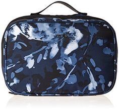 a0a40c18cd Amazon.com  Tumi Voyageur Lima Travel Toiletry Kit