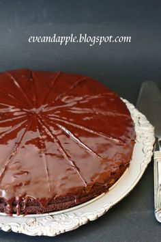 Sacher torta - Eve and Apple Hungarian Cake, Deserts, Baking, Ethnic Recipes, Easy, Food, Cakes, Cake Makers, Bakken