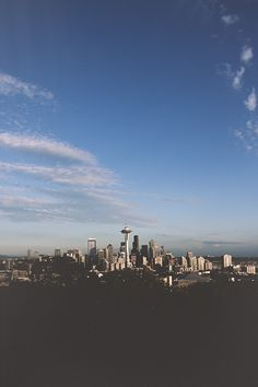 Seattle Skyline. >>