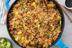 Easy pork fried rice recipe - how to make pork fried rice Rice Recipes, Pork Recipes, Asian Recipes, New Recipes, Dinner Recipes, Cooking Recipes, Chinese Recipes, Dinner Ideas, Recipies