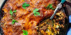 Baked Italian Sausage Pasta - The Perks of Being Us Baked Italian Sausage, Pasta Recipies, Tomato Pasta Sauce, Fresh Mozzarella, Pasta Bake, Weeknight Meals, Shower Games, Italian Recipes, Casseroles