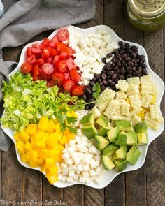 This Mexican Chopped Salad is chock full of vegetables and drizzled with a delightful Cilantro Vinaigrette Healthy Dishes, Healthy Salad Recipes, Vegetarian Recipes, Healthy Food, Summer Entrees, Summer Salads, Mexican Chopped Salad, Legumes Recipe, Fresh Fruits And Vegetables