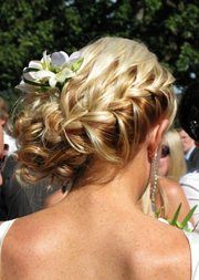 Don't super like this particular style, but love the idea of a fresh flower in my hair