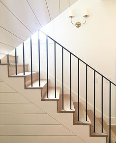 New Staircase Design Ideas - Annette Home Staircase Molding, Stairs Trim, New Staircase, Metal Stairs, Staircase Remodel, Staircase Makeover, Staircase Railings, Modern Stairs, Staircase Design