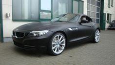 BMW Z4 - in matt black, interesting