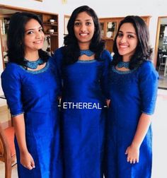 High Neck Kurti Design, Salwar Suit Neck Designs, Kurti Sleeves Design, Salwar Designs, Kurta Designs Women, Dress Neck Designs, Kurti Designs Party Wear, Girls Graduation Dresses, Kids Party Wear Dresses