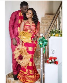 o love and to hold❤️ Congratulations to the Gyamfis❣️❣️ Brides outfit Makeup Photography Couples African Outfits, African Wear Dresses, African Fashion Ankara, Latest African Fashion Dresses, African Print Fashion, Ghana Fashion, African Wedding Attire, African Attire, African Traditional Wedding Dress