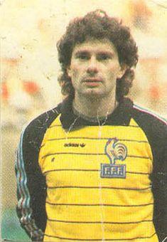 Francia 1984 Look At The Moon, World Football, Goalkeeper, Football Shirts, Ronald Mcdonald, The Past, 1984, Bats, Sports