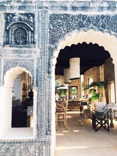 Spotted: gorgeous Moroccan arches.