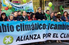 https://flic.kr/s/aHskpZ1wyq   CimateMarch Madrid   #ClimateMarch November 29th, Madrid. Around 20.000 participants
