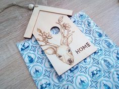 How to woodburn a deer on a house sign - Part II Home Signs, Pyrography, Wood Burning, Deer, Make It Yourself, Youtube, Projects, Blog, House