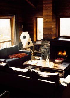 un salon avec cheminee nos idees deco marie claire maison decoration salon bois