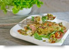 California Grilled Tuna, Olive, Caper, Basil & Sundried Tomato Salsa: A great light & healthy tuna dish. 15 Minute Dinners, Fast Dinners, Uk Recipes, Cooking Recipes, Grilled Tuna Steaks, Tuna Dishes, California Grill, Healthy Tuna, American Dishes
