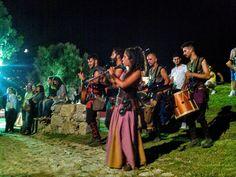 Algumas imagens da Recriação Histórica do Torneio de Valdevez realizada no Paço de Giela em Arcos de #Valdevez referentes ao Sábado à noite - http://ift.tt/1MZR1pw -
