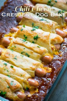 These chili chees… Game Day Super Bowl Chili Cheese Crescent Dog Bake Appetizers. These chili cheese hot dogs are wrapped in crescent roll and baked appetizer for parties! Dog Recipes, Beef Recipes, Cooking Recipes, Hotdog Casserole Recipes, Chili Dog Casserole, Recipies, Cooking Games, Cooking Food, Food Food