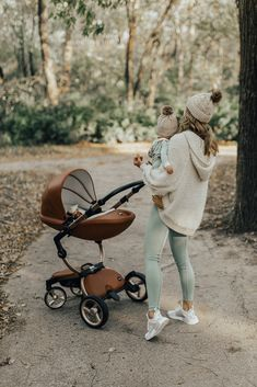 Mom and Baby Outfits // Fall Style for the Family- Mama und Baby Outfits // Herbst Style für die Familie Mom and Baby Outfits // Fall Style for the Family # outfits School # # school spring # Casuales # juvenile # # young men # cute # fashion - Cute Kids, Cute Babies, Baby Kids, Baby Boy, Carters Baby, Mom And Baby Outfits, Family Outfits, Children Outfits, Children Toys