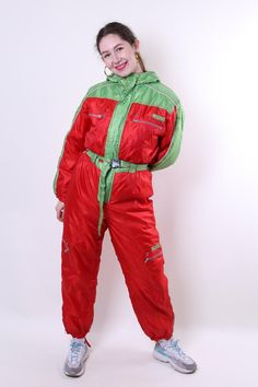 Women retro one piece ski suit, red hooded vintage snow suit, Size M Welcome to TARASCOMMON.COM Unique clothing from the century. Model tall - Size: M. cm - on the tag. Sleeve - / ( armpit to end of sleeve); Ski Suit Mens, Winter Suit, Rain Gear, Velvet Blazer, Snow Suit, Unique Outfits, Skiing, Vintage Ladies, Overalls