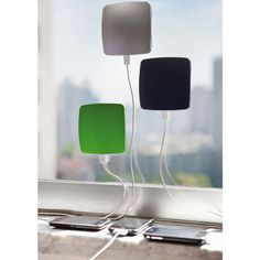 2500mAh Window Absorption Solar Power Bank For iPhone Smartphone - US$12.99