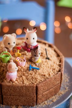 Gâteau Bac à sable, détail Food Kids, Birthday Cakes, Kids Meals, Children, Breakfast, Cooking Food, Eat, Fun Desserts, Cooking Recipes