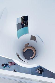 Nombre/ Reid Building, The Glasgow School of Arts.  Arquitecto/ Steven Holl Architects. Ubicación/ Glasgow, Escocia, Reino Unido.  Año/ 2009-2014.  Fotografía/ Iwan Baan.