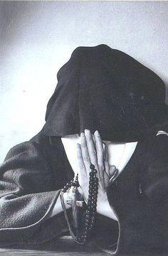 Il Rosario educa alla contemplazione delle verità più alte. (p. Raimondo Spiazzi)
