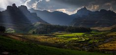 Photo by qoosthuizenphotography Cheap Plane Tickets, Garden In The Woods, Daily Photo, The World's Greatest, Places To See, Castle, Earth, Mountains, Nature
