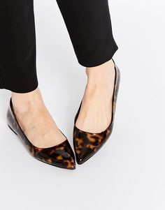ASOS LIFE STORY Pointed tortoiseshell Ballet Flats  http://www.asos.com/ASOS/ASOS-LIFE-STORY-Pointed-Ballet-Flats/Prod/pgeproduct.aspx?iid=5266077&cid=4172&Rf989=5032&Rf-200=10,17&sh=0&pge=0&pgesize=36&sort=-1&clr=Tortoise&totalstyles=28&gridsize=3