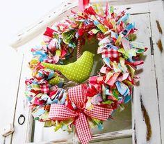Frühlings-und Osterkranz basteln –29 Ideen für fröhliche Stimmung