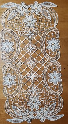 Image gallery – Page 549861435752528239 – Artofit Modern Embroidery, Lace Embroidery, Embroidery Designs, Machine Embroidery Patterns, Lace Patterns, Crochet Patterns, Needle Lace, Bobbin Lace, Romanian Lace