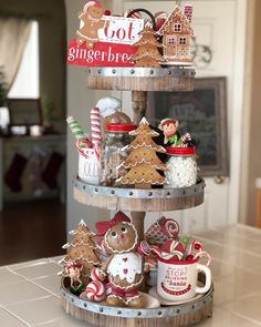 """Gingerbread Cookie Jar 9/"""" Peppermint Candy Cane CHRISTMAS Kitchen Decor Cupcake"""