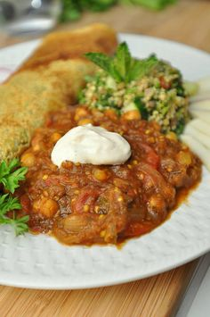 Lebanese Moussaka (Slow cooked eggplant and chickpeas in a flavorful tomato gravy)