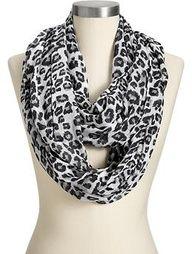 infinity scarf & leopard print
