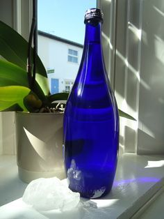 Blue solar water is a powerful tool of Ho'oponopono. The Hawaiian practice of Ho'oponopono is based in taking 100% responsibility for everything around us. We are responsible for everything we see ...