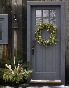 Front Door Paint Colors - Want a quick makeover? Paint your front door a different color. Here a pretty front door color ideas to improve your home's curb appeal and add more style! The Doors, Entry Doors, Windows And Doors, Porch Doors, Garage Entry Door, Front Door Entrance, Grand Entrance, Front Entry, Front Door Paint Colors