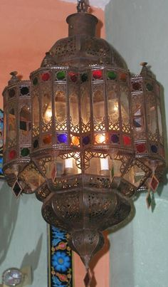 ~L¤¥€~bohemian decorating style pictures Moroccan Chandelier, Moroccan Lighting, Brass Chandelier, Chandeliers, Moroccan Lamp, Bohemian Living, Bohemian Style, Gypsy Style, Candle Lamp