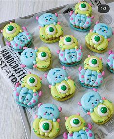 Macarons, Yummy Snacks, Yummy Food, Pastry Design, Cute Baking, Macaron Recipe, Disney Cakes, Cute Desserts, Cute Cookies