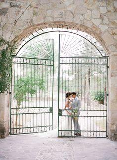 Wedding Photography Ideas : Photography: Jose Villa Photography  josevillaphoto.com  Read More: www.styleme