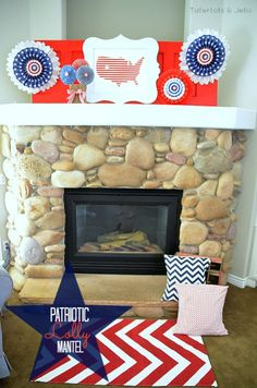Patriotic Lolly Mantel at Tatertots and Jello #DIY #patriotic
