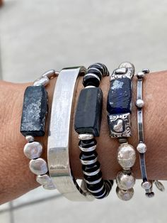Boho Jewelry, Jewelry Ideas, Jewelry Design, Lava Bracelet, Bracelet Set, Shell Collection, Bangles, Beaded Bracelets, Fashion Bracelets