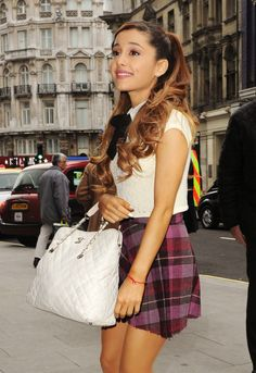 Ariana Grande! <3 her plaid skirt