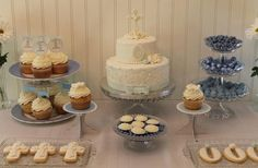 Hostess with the Mostess® - First Communion Dessert Table/Mesa de postres Primera Comunión.