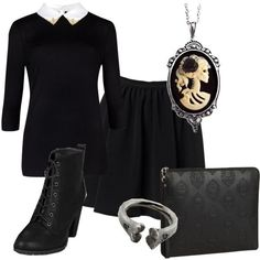 """I call it the """"Modern Wednesday Addams""""  Fashion Worship 