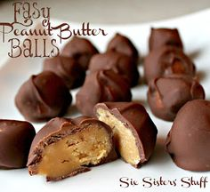 The perfect Holiday treat! Easy Chocolate Peanut Butter Balls- the kids would love these