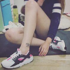 My new sneaker. #nike #nikesneakers #sneakers #sneakerlove #inkedlife #tattoo #tattoos #tattooed #tattooedgirls #huarache #nikewomen #nikewoman #new #birthday #birthdaypresent #birthdaypresenttomyself #single #singlegirl #girl #happysingle #poorgirl #inked #sport #sportgirl #happybirthday #lonely #nikehuarache #foot #footwear
