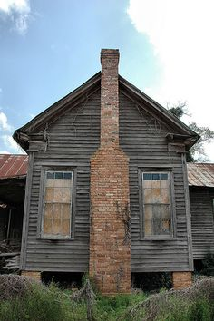 Leary GA Calhoun County Edwardian Vernacular House Chimney Bare Wood Abandoned Rural Southern Decay Pictures Photo Copyright Brian Brown Vanishing South Georgia USA