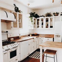 White and wood contrast, white antique fridge